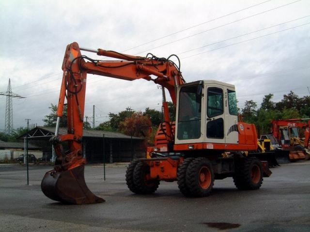 2004/11/post-25-1101576659_thumb.jpg