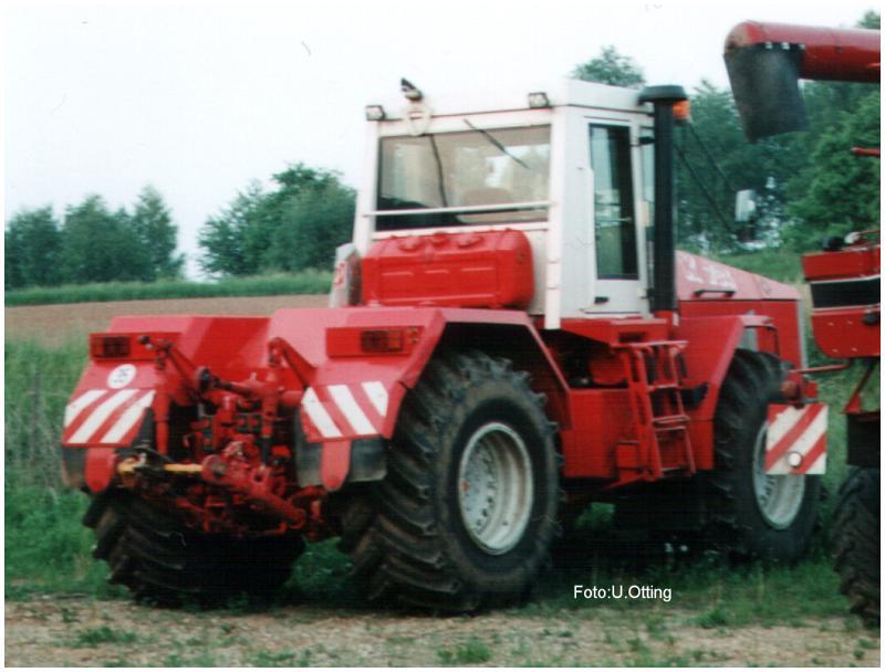 Kirovets trattori Post-147-1116765264