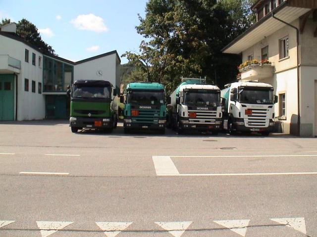2005/08/post-1149-1124574774_thumb.jpg