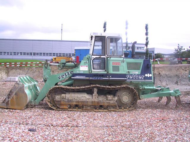 bulldozer /ruspe apripista trattori komatsu Post-1102-1127056434_thumb