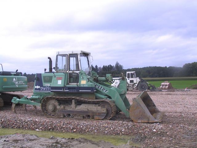 bulldozer /ruspe apripista trattori komatsu Post-1102-1127056438_thumb