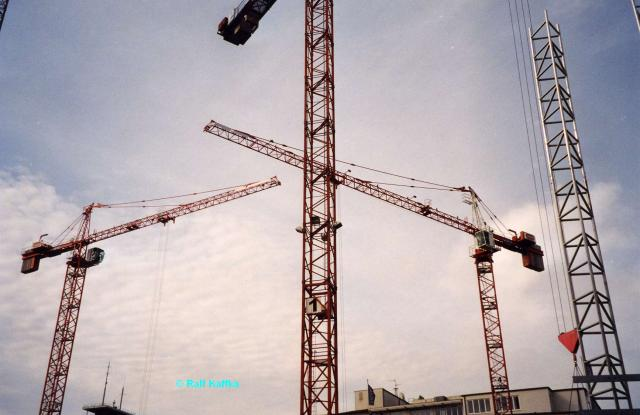 2005/09/post-865-1127120107_thumb.jpg
