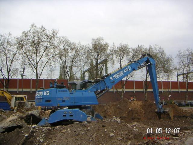 2006/05/post-865-1146516490_thumb.jpg