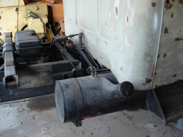 K800_Kraftstofftank_auf_der_Beifahrerseite_DSC00066.JPG