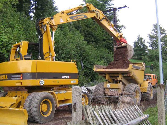macchine movimento terra hydrema Post-580-1235403833_thumb