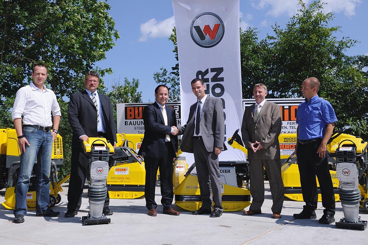 Burger Bau Kauft 15 Bodenverdichtungsmaschinen Von Wacker