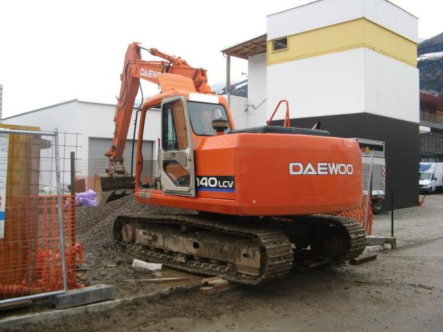 doosan daewoo  marchio Post-5900-1266666226_thumb
