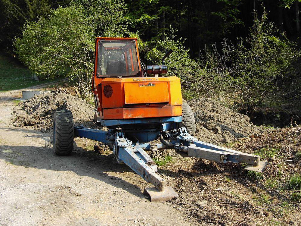escavatori Post-2451-1275828837