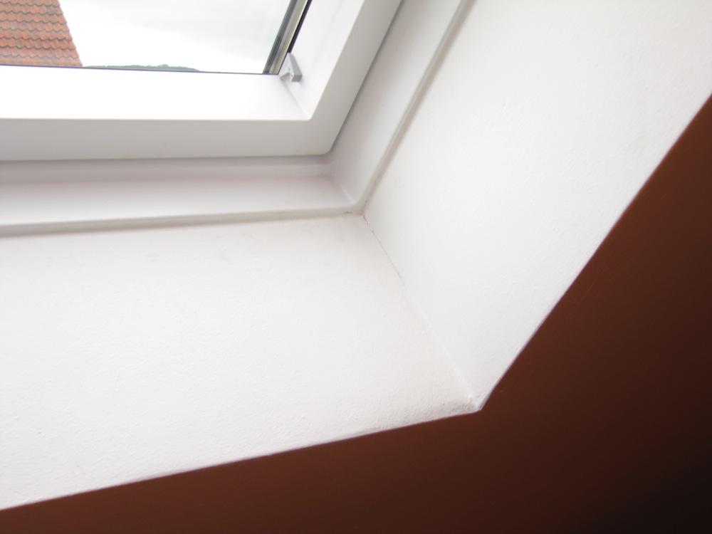 Rigips an velux fenster anschlie en verschrauben hausbau allgemein baumaschinen bau - Dachfenster innenfutter rigips ...