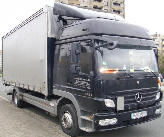 Mercedes_Benz_Atego_1224__Bild_03_.JPG