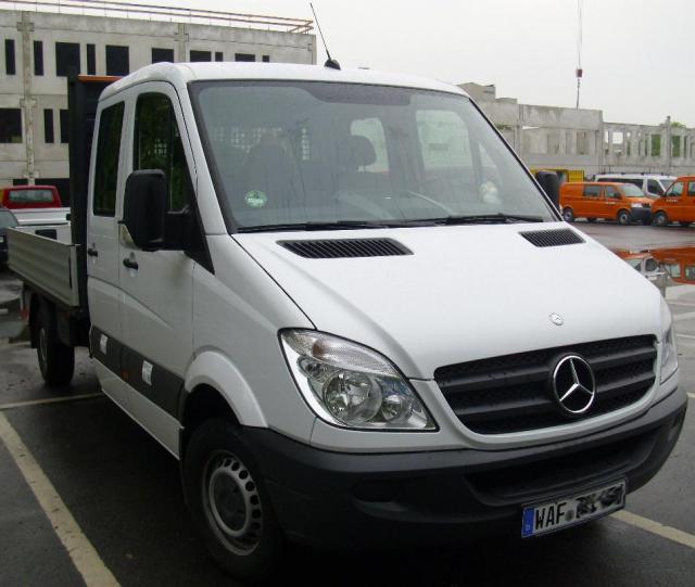 Mercedes_Benz_Sprinter.JPG