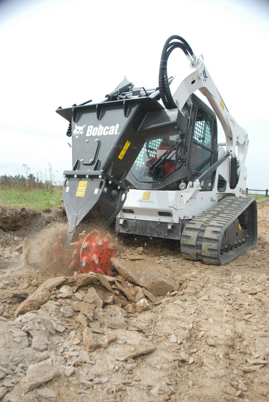 Bobcat erweitert sein Programm an Anbaugeräten um Felsfräsen