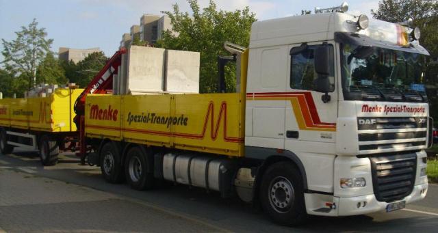 __DAF_XF_105___Menke_Spezial_Transporte_GmbH___Co._KG___www.menke_spezial_transporte.de__.JPG