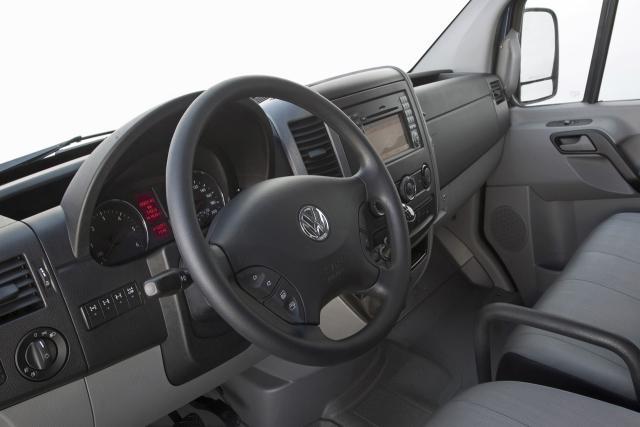 volkswagen_crafter_Cockpit.jpg