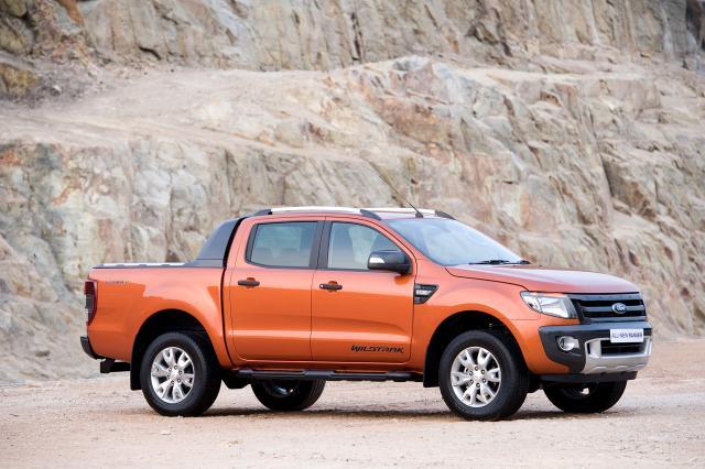 Ford_Ranger_seite.jpg
