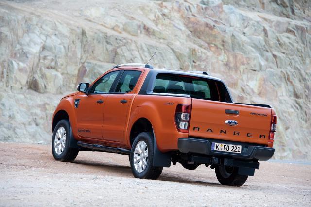 Ford_Ranger_back.jpg