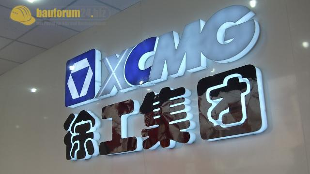 XCMG_Bauma_China_2010_.jpg