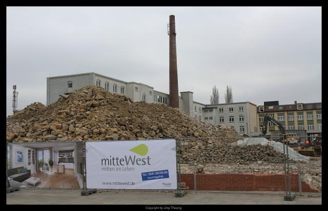 _mitteWest_05._April_2012__0_.jpg