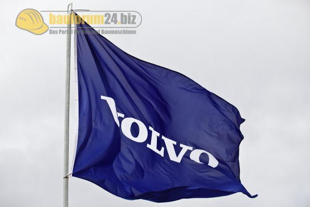 Volvo_Flagge.JPG