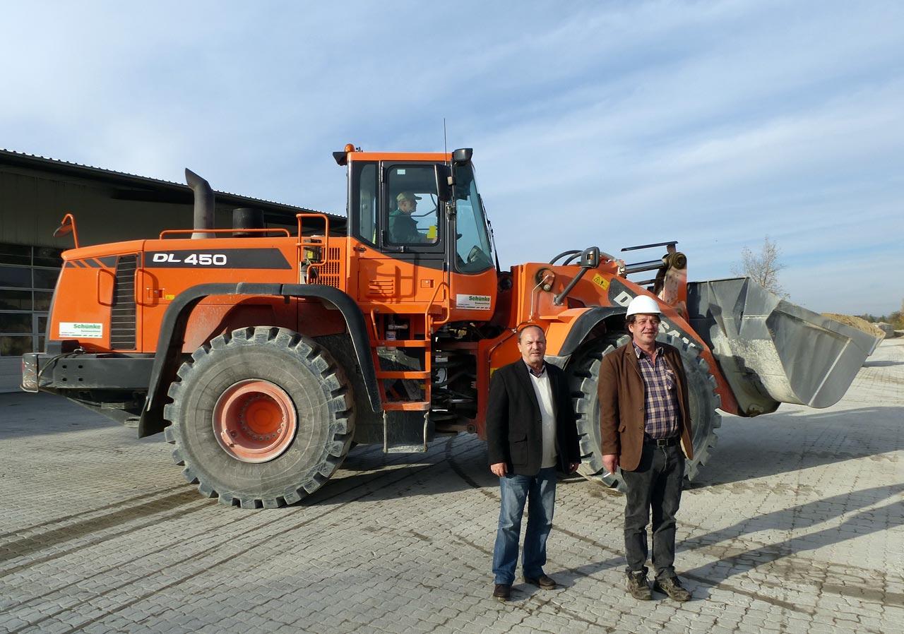 Doosan: Radlader DL450 ergänzt Doosan-Flotte in Neuenburg - Weitere ...