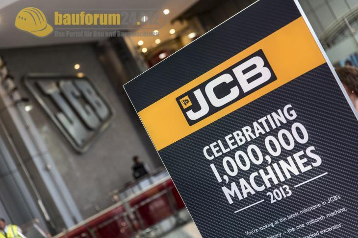JCB_Celebration_2013_Bauforum24.jpg