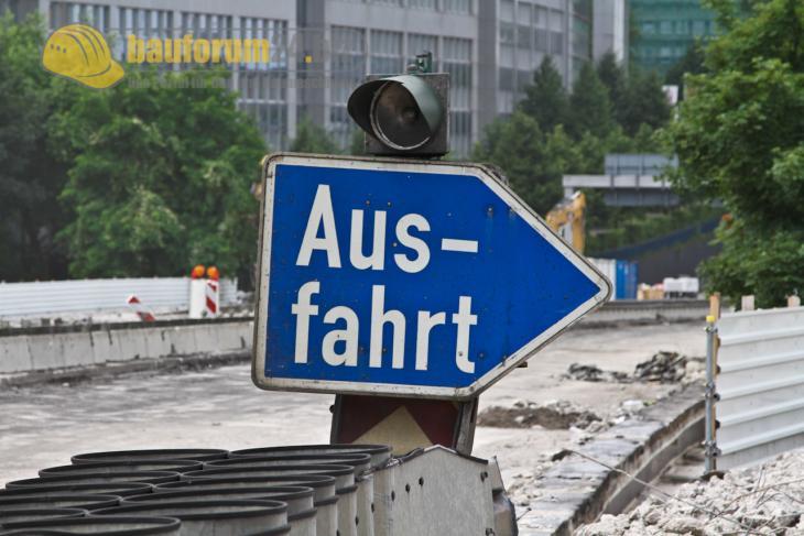 Autobahn_40_Baustelle_A40_Essen.JPG