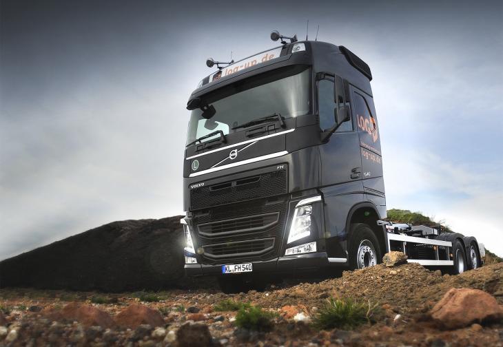 Volvo_FH_Abrollkipper1.jpg