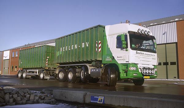 X_4243_TS_8x4_containerwagen__05.jpg