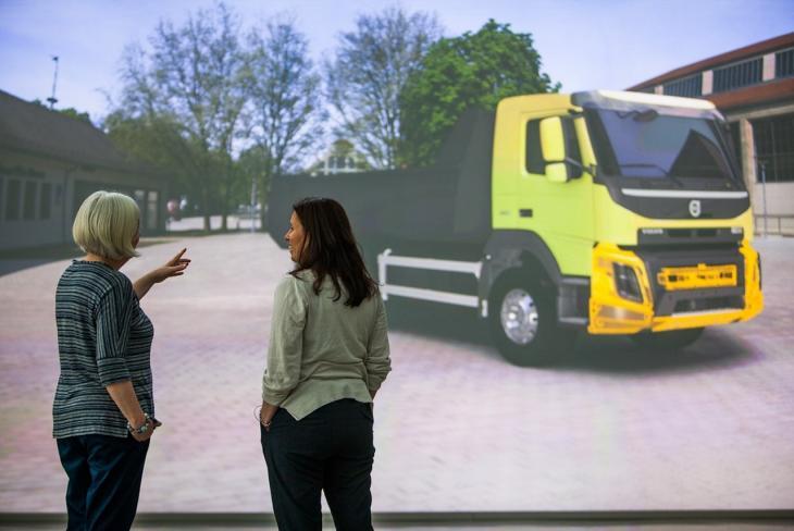 Volvo_Trucks_0455_Bauforum24.jpg