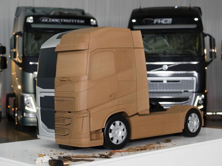 Volvo_Trucks_0460_Bauforum24.jpg