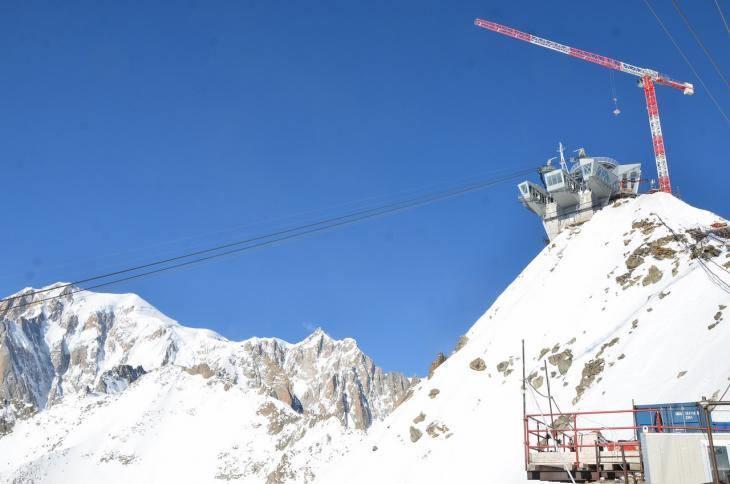 Fassi_Gru_Mont_Blanc_LR6.jpg
