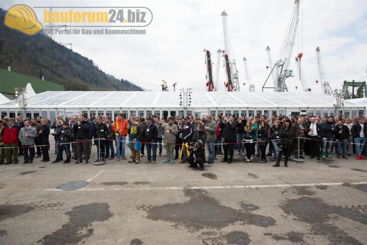 Bauforum24_Fotostrecke_Liebherr_Nenzing_Technikertag_2015_128.jpg