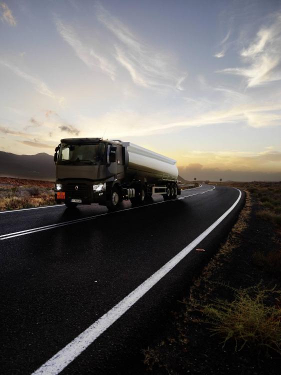 renault-trucks-t-2016-02.thumb.jpg.31087