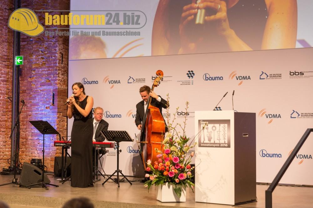 bauforum24_bauma2016_innovationspreis-20.jpg