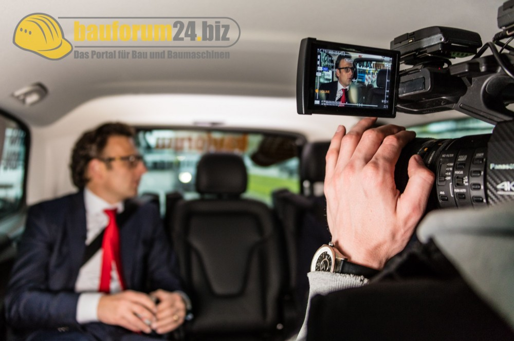 bauforum24_bauma2016_taxi_talk_wolffkran-6.jpg