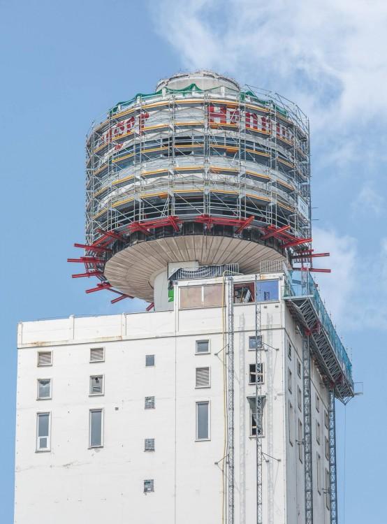peri-henningerturm-2016-09.jpg