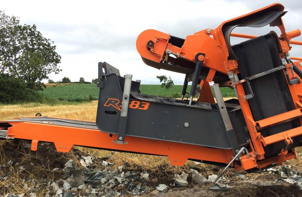 rockster-R900-Hydraulikzylinder-Siebbox.jpg