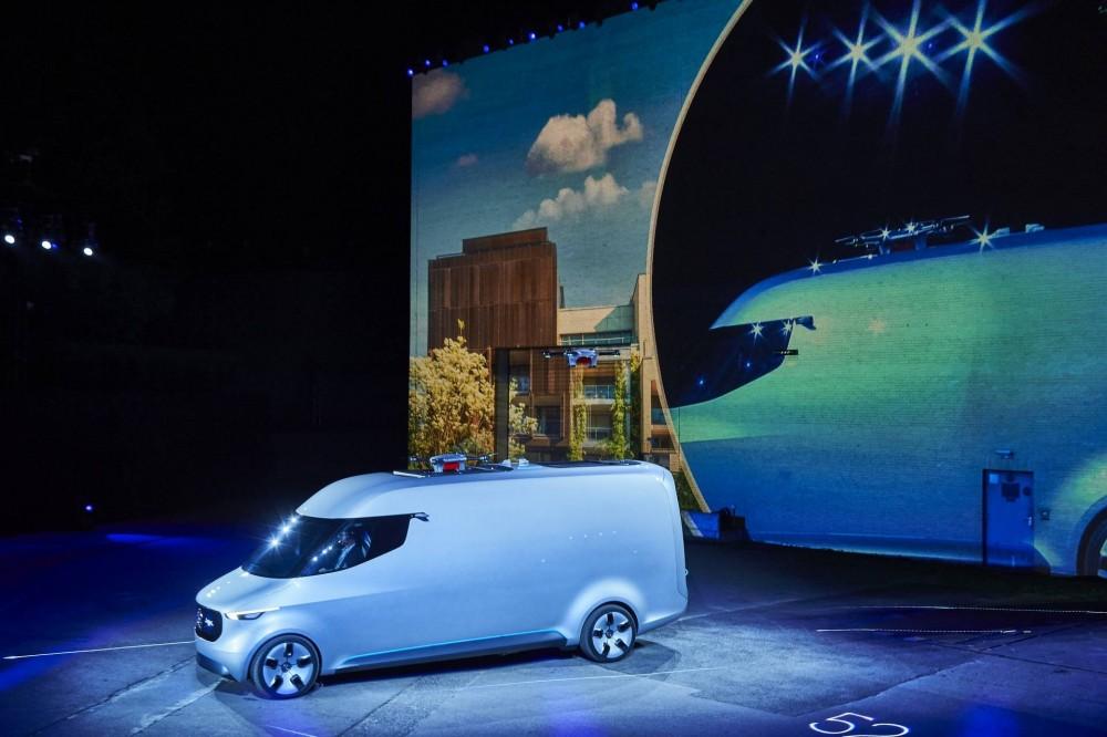mercedes-urban-etruck-visionvan-iaa2016-02.jpg