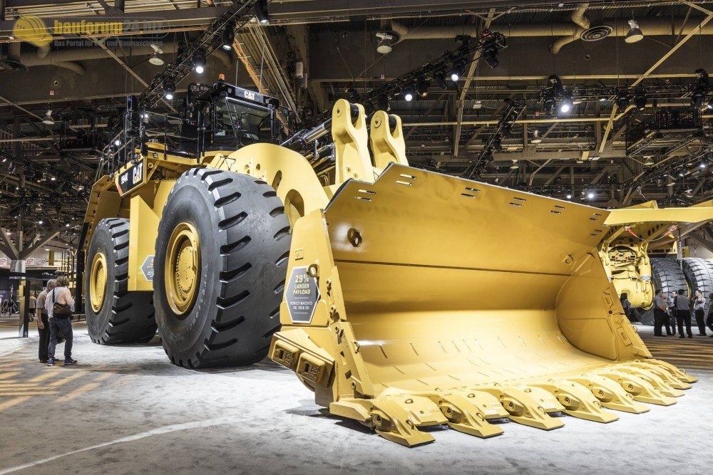 caterpillar-994k-minexpo2016-bauforum24-116.jpg
