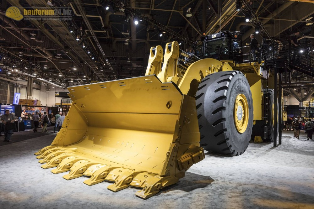 caterpillar-994k-minexpo2016-bauforum24-83.jpg