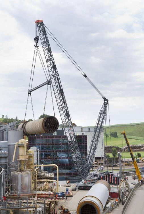 liebherr-crawler-crane-production-plant-lift-2_1920.jpg