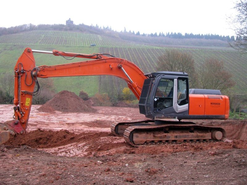 zaxis 250 lc.jpg