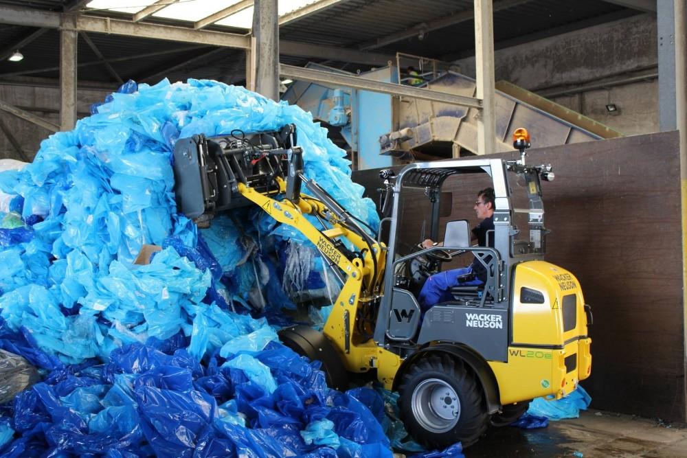 Wacker Neuson_WL20e_Recycling Einsatz 1_Pressemeldung.JPG