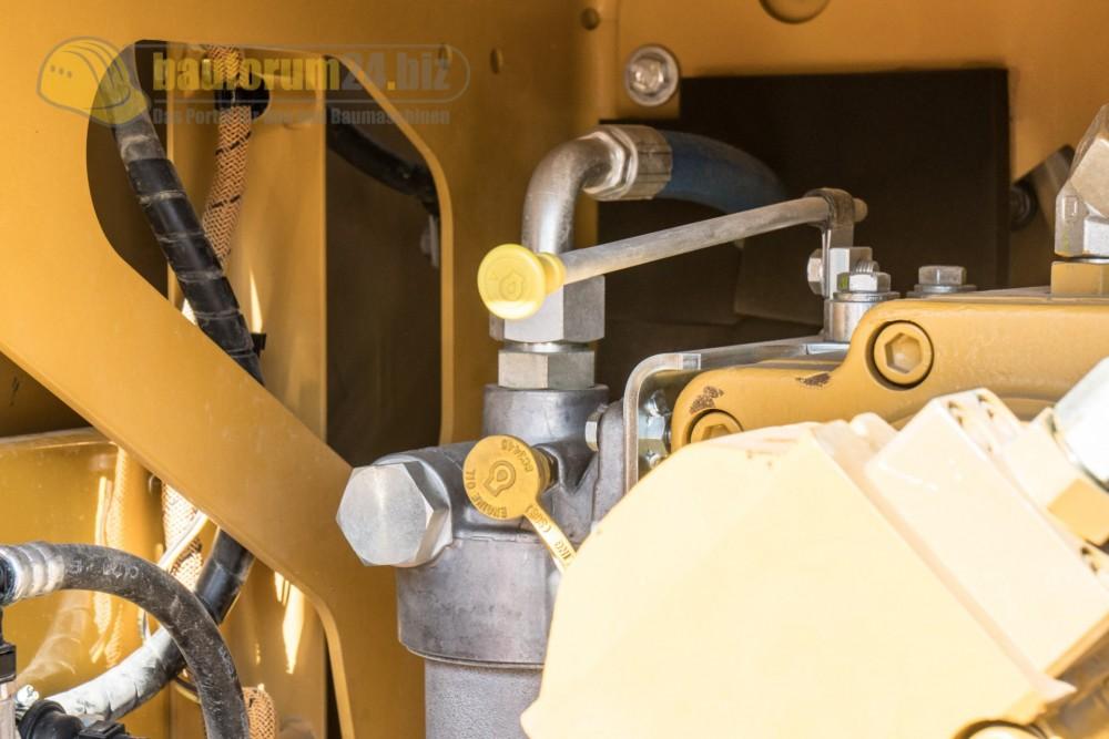 Cat 320 Raupenbagger Detail in Malaga 2017