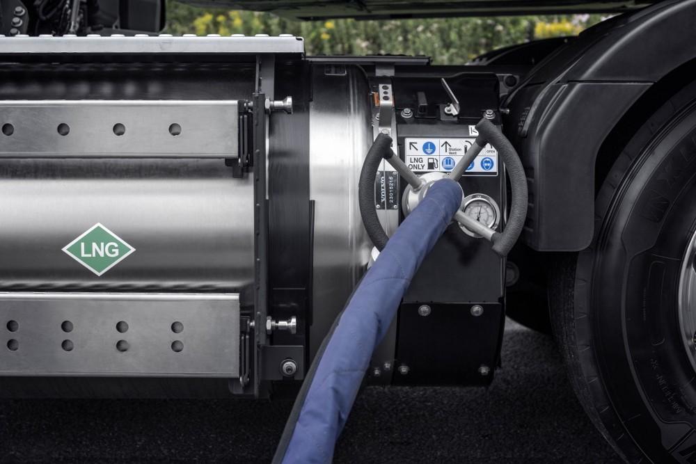volvo-trucks-erdgas-biogas-bauforum24-04.jpg