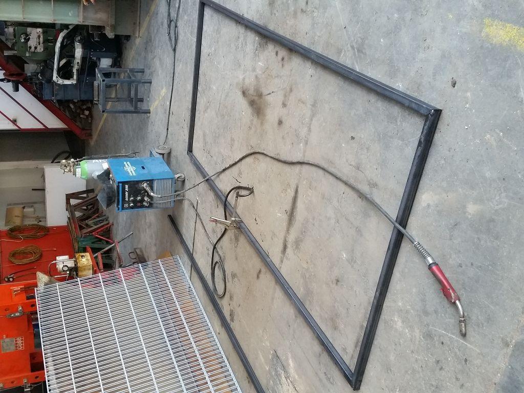 Gitterstabmattenzaun - Gartenbau & Aussengestaltung - Baumaschinen ...
