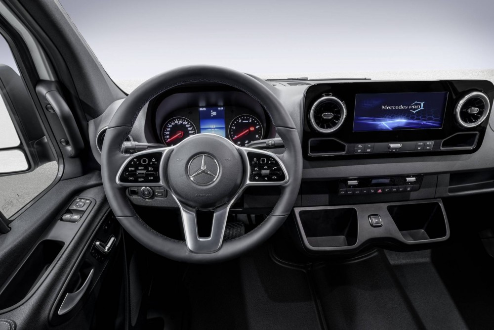 Mercedes-Benz Sprinter 2018 Cockpit
