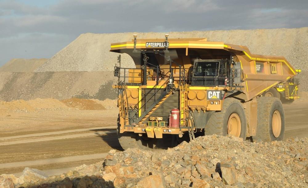Cat 793F Mining Truck - 19 Muldenkipper werden für autonomes Fahren umgerüstet