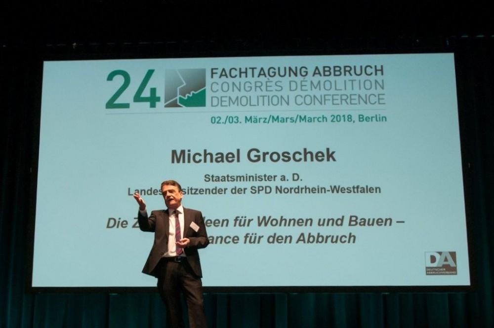 NRW-Staatsminister a.D. Groschek