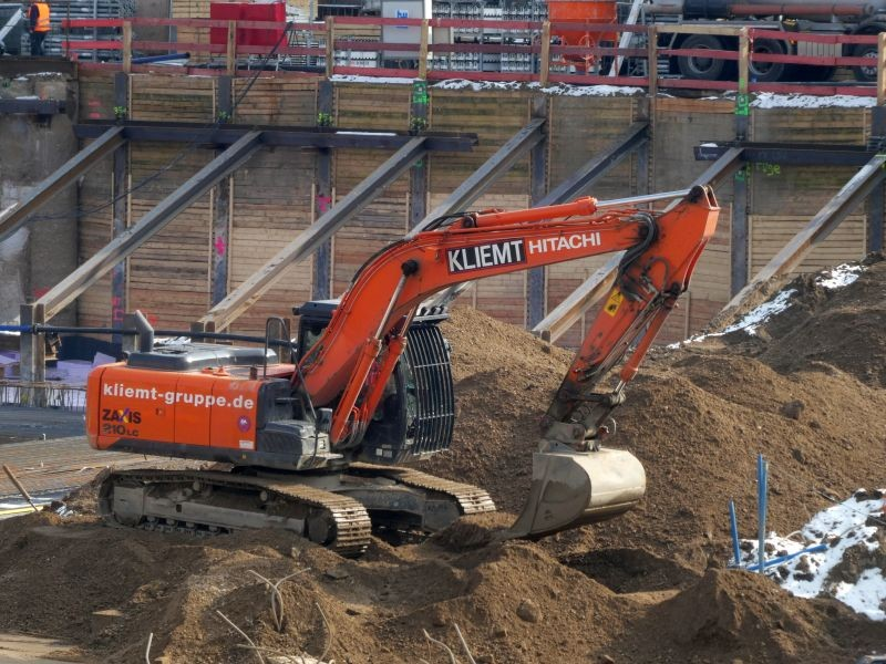 zaxis 210 lc -5.jpg